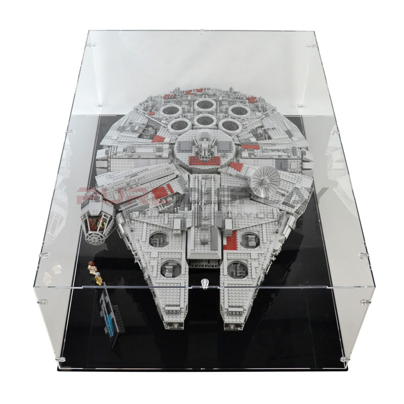 10179 UCS Millennium Falcon Display Case