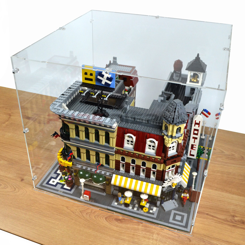 Modular Buildings Display Case 2x2